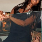 Naomi-Campbell-Upskirt-Pictures-in-St.-Tropez-2