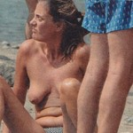 lucia-blini-topless-005